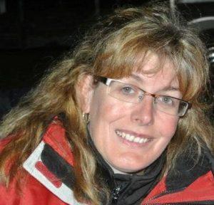 Lucie Lacasse sourit à la caméra